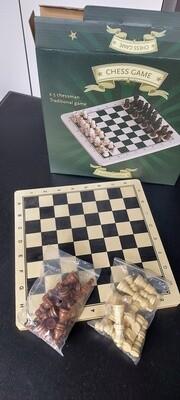 Compleet MDO Schaakbord in hout