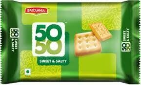 BRITANNIA 50-50 SWEET & SALTY CRACKERS 62GM1