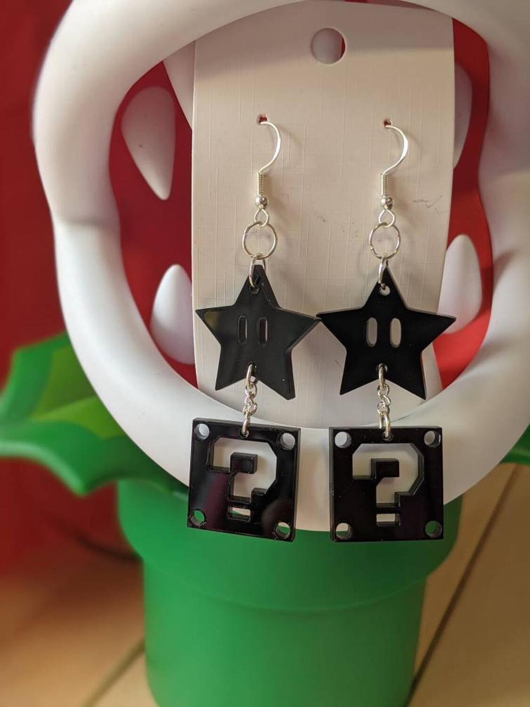 Super Star and ? Block Black Earrings Acrylic