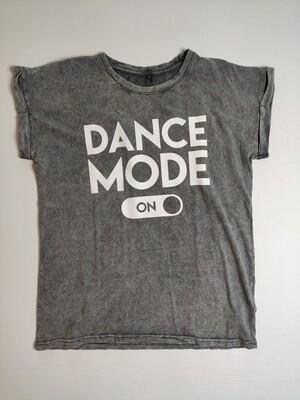 T-SHIRT DANCE MODE ON