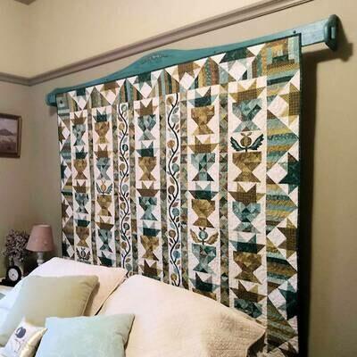 Single Bar Bracket Quilt Hanger 72