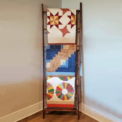 Straight Customizable Quilt Ladder