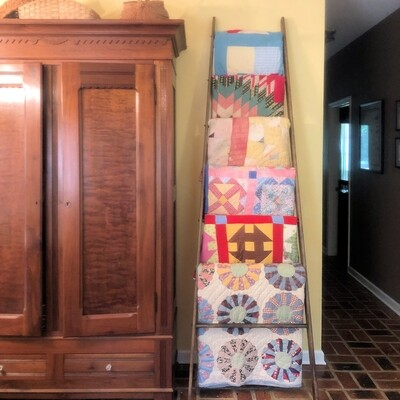 Tapered Customizable Quilt Ladder