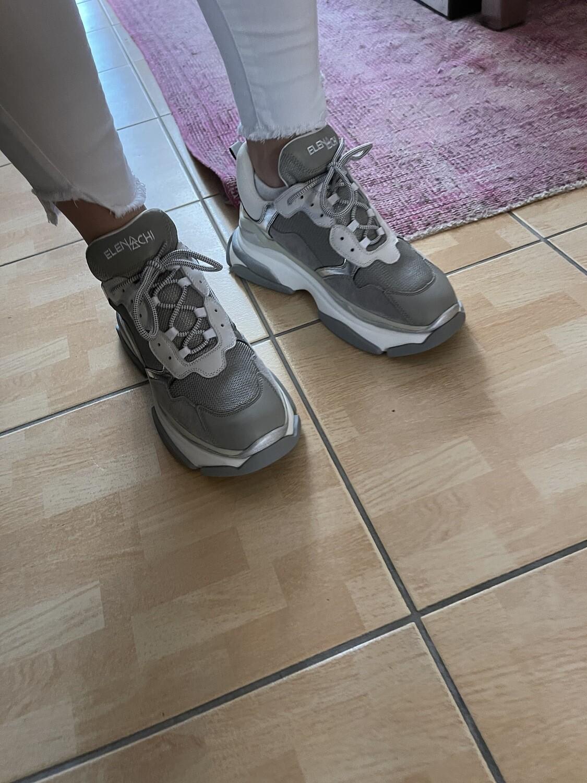 Elena Iachi Sneaker grau