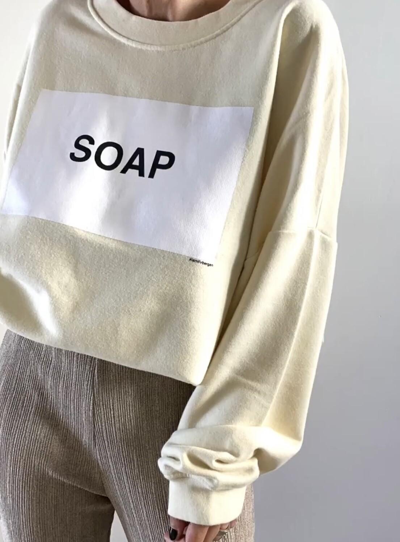 Sweatshirt Soap von Liv Bergen