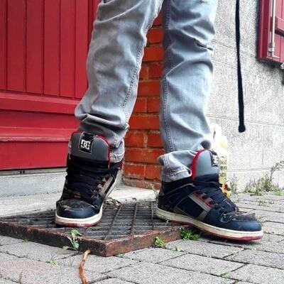Skat3er   Going for a walk in my DC skate shoes