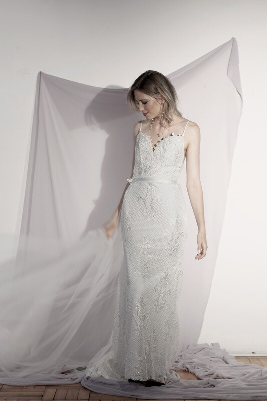 MOSS - Fit and flare wedding gown