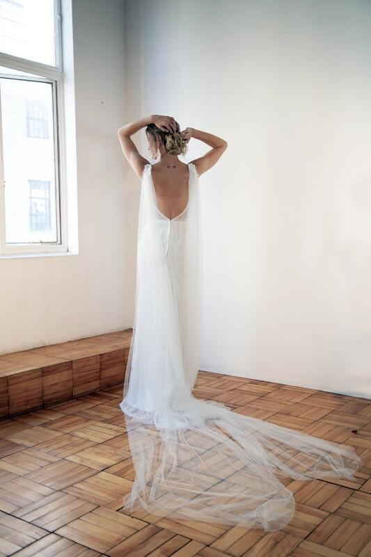 DANDELION - Sheath wedding gown