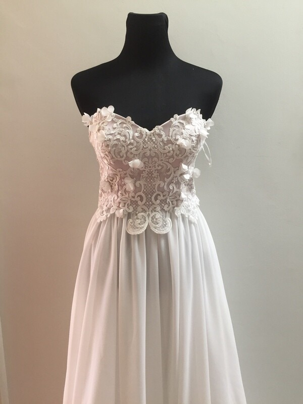 SAMPLE SALE - Amaranth wedding gown - size 10