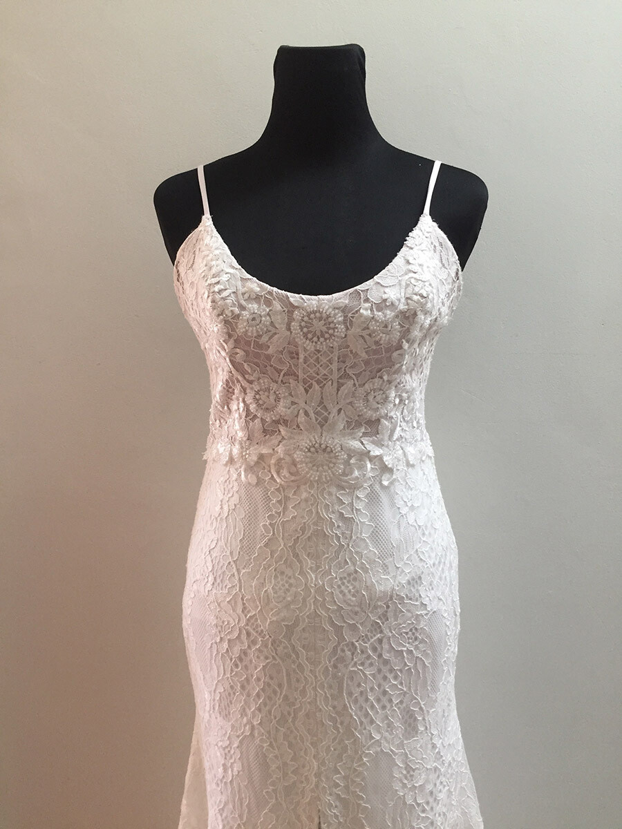 SAMPLE SALE - Rosa wedding gown - size 10
