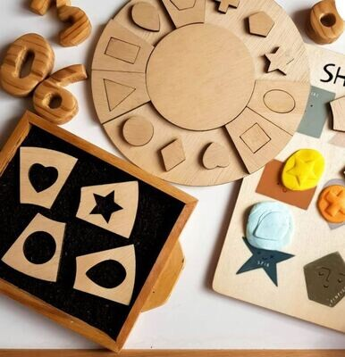 Shape Sorting Puzzle & Dough Stamper