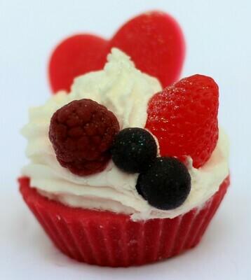 Red fruits Cupcake