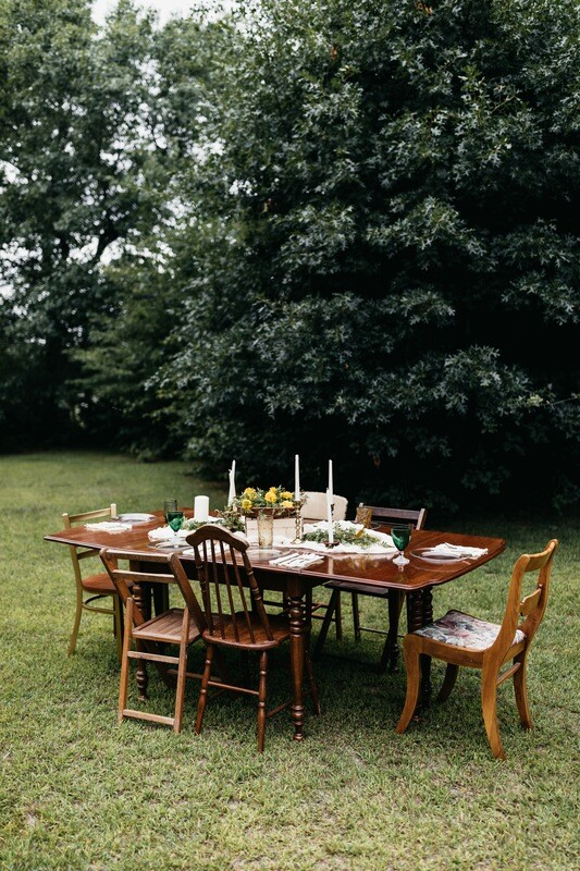 Dark Wood Expandable Table