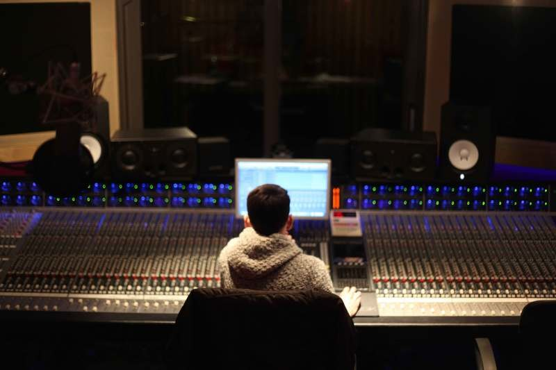 8 Songs Album Mastering Package