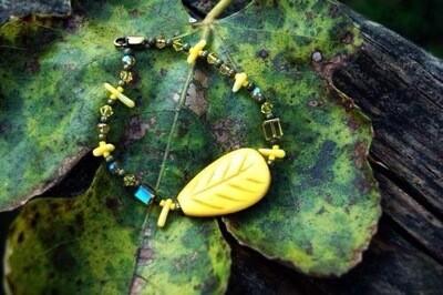 Yellow Bird Leaf Bracelet