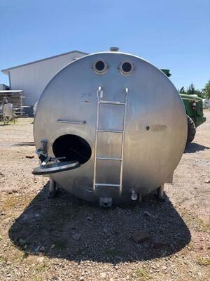 1,500 Gallon Holding Tank - #2942