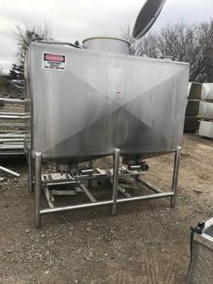 700 Gallon Tank - #2707