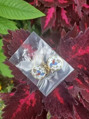 Vintage light blue enamel Distelfink earnings (gold metal color)