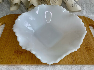 Vintage Milk Glass Ashtray/Trinket Tray