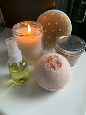 Moon Child Pink Kaolin Clay And Himalayan Salt 30mg CBD Bath Bomb