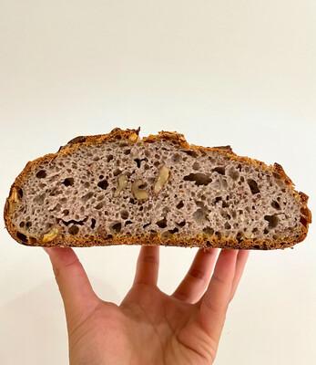 Pane del Mese: Pane alle Noci di Grano Antico Maiorca