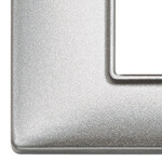 Накладка для 4 модулей (2+2) расстояние между центрами 71мм серебро металлизированное
