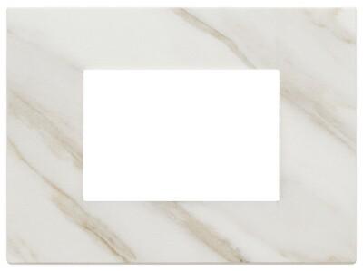 Накладка на 3 модуля, белая Калькутта