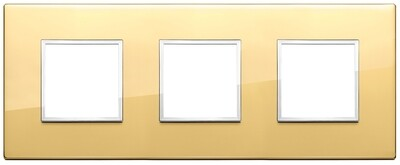 Накладка Evo на 6 модулей (2+2+2) расстояние между центрами 71мм, глянцевое золото