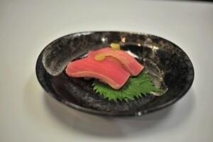 2Pcs Seared Red Tuna