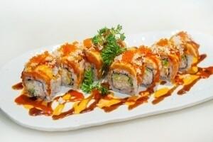 Tataki Salmon Roll