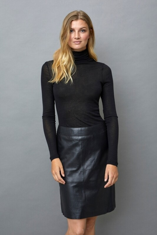Culture DK Skirt Leather black