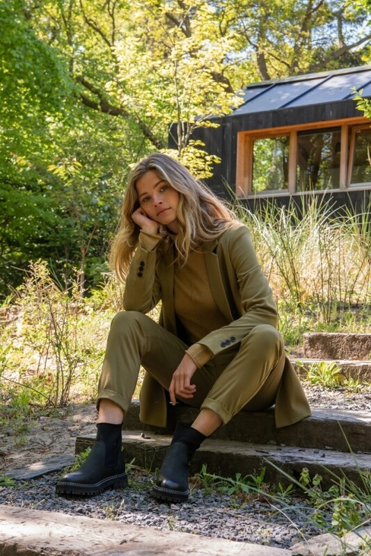 YAYA Relaxed fit trousers LIZARD