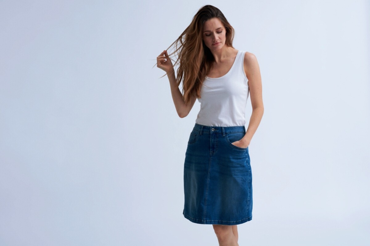 Cream Sammy denim skirt