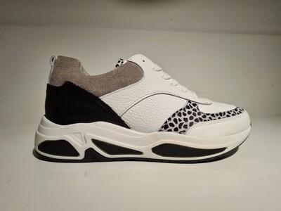 Bullboxer Sneaker dot White/Beige
