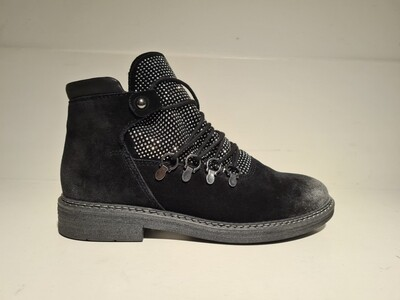 Marco Tozzi suede boot strass