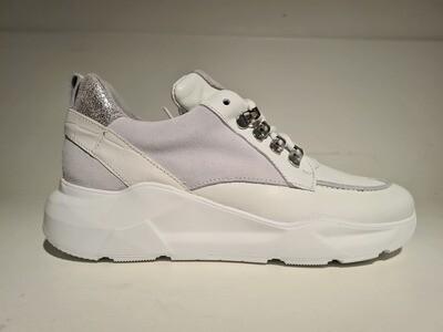 Steven NY Sneaker  White/Silver