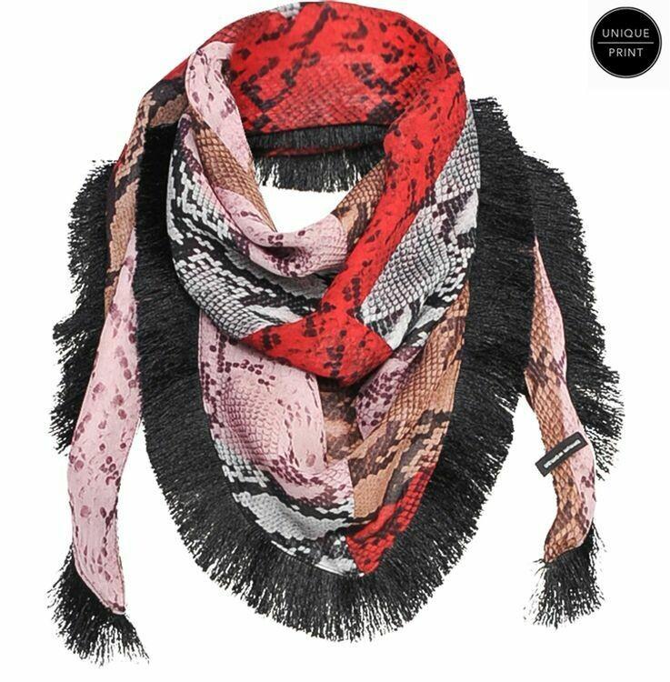 Summum scarf