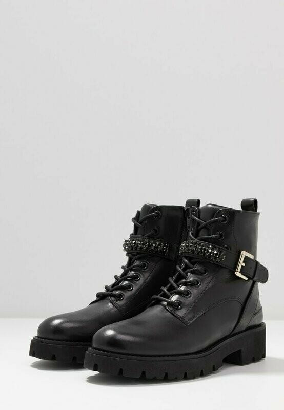Steven New York Boot Xiamara Black