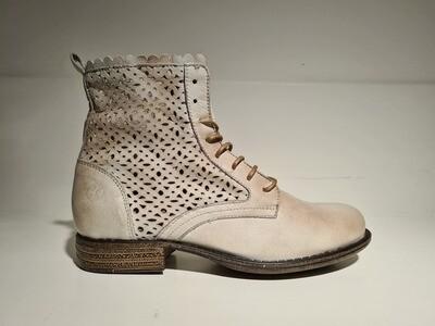 Post Xchange Jessy boot