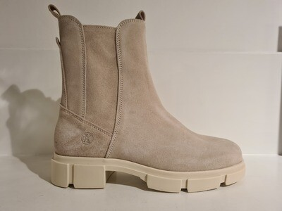 Only a Shoe Chelseaboot Off White