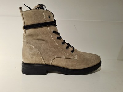 Maruti Boots Suede Sand