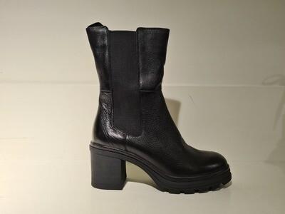 Caprice Boot / 25420 Black