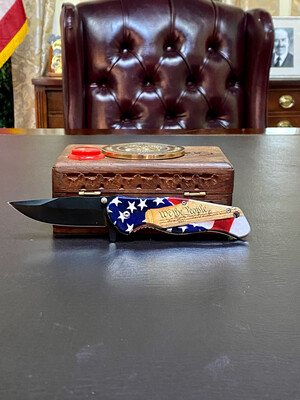 We The People Knife