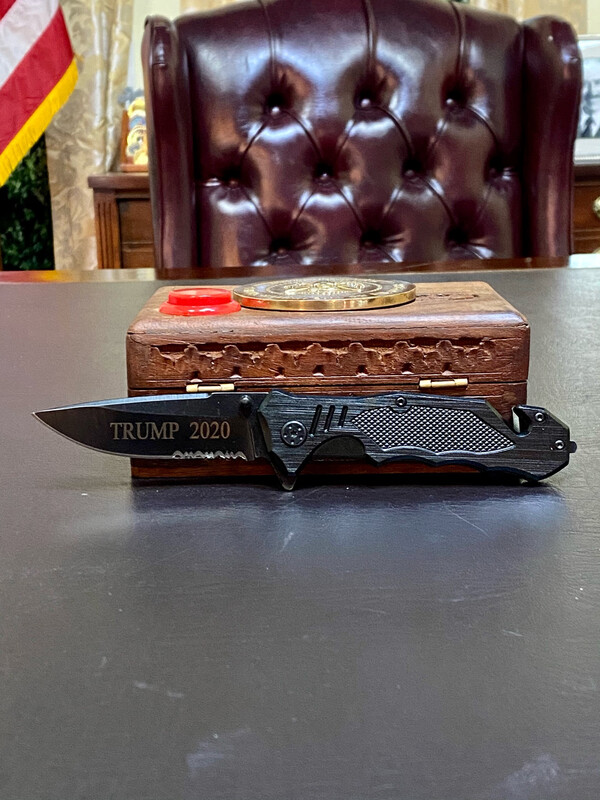Black Trump 2020 Knife