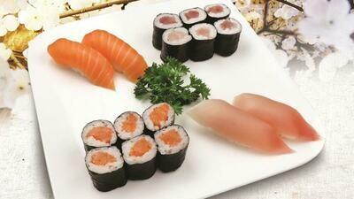 Tuna & Salmon Maki Roll Combo