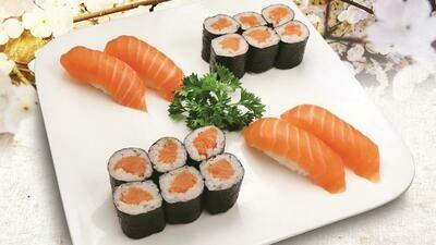 Salmon Maki Roll Combo