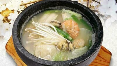 Seafood Nabe (생선지리탕)