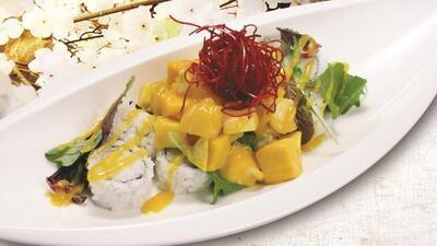 Vegan Lady Mango Roll