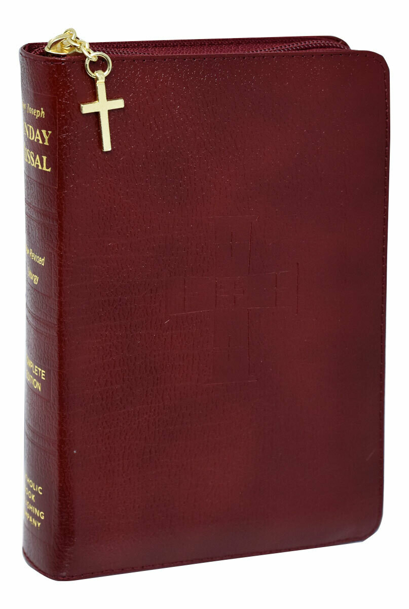 St Joseph Sunday Missal Zippered 820/09