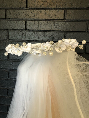 """Communion Veil 24"""" Flowers, Rhinestones, Pearls crown with Satin Bow in Back"""